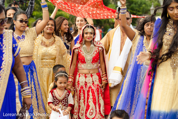 indian wedding ceremony,indian bride,bridal party