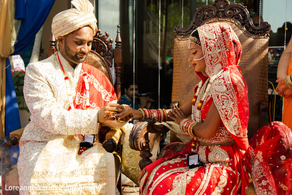 indian wedding ceremony,indian wedding photography,indian bride and groom