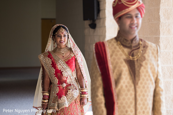bridal jewelry,indian bride lengha,indian groom fashion,first look photography