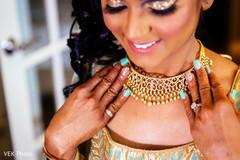 indian bride,indian bridal makeup,bridal jewelry