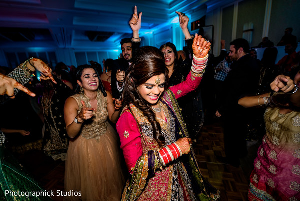indian wedding reception,indian bride,dj