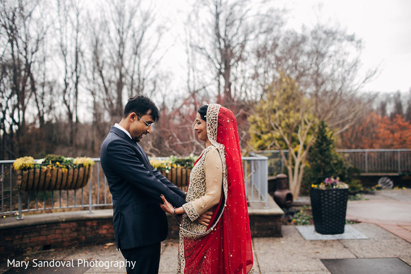 indian bride fashion,indian groom suit,first look photography