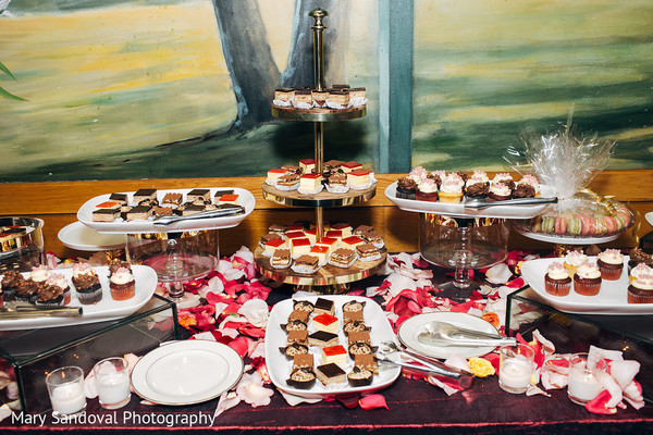 indian wedding reception,indian wedding food,indian wedding reception decor