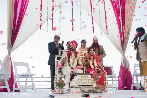 indian groom,indian bride,indian wedding ceremony,mandap
