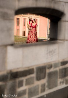 indian bride fashion,indian groom fashion,outdoor photography