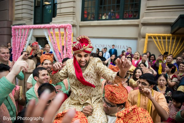 indian wedding baraat,baraat,baraat procession,indian groom fashion