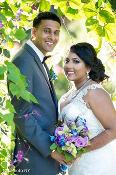 indian groom,indian bride,bridal bouquet,indian wedding photography