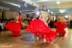 bollywood dancers,dj,indian wedding reception