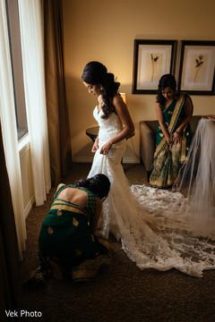 indian bride getting ready,indian bride fashion,indian bridesmaids' fashion