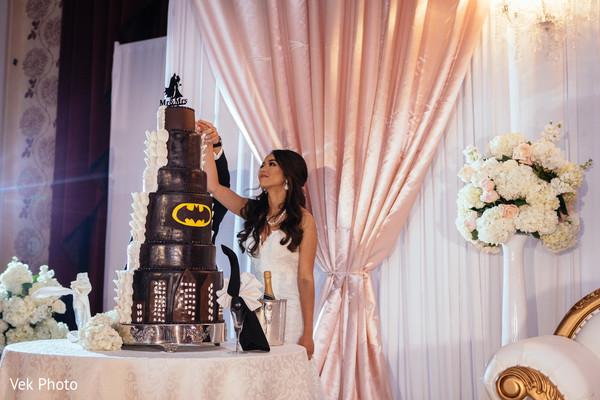 indian wedding reception,indian wedding cake,indian bride fashion