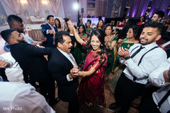 dj and entertainment,lightning,indian wedding reception,indian wedding reception photography