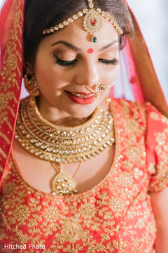 indian bride,hair and makeup,indian bride ceremony fashion