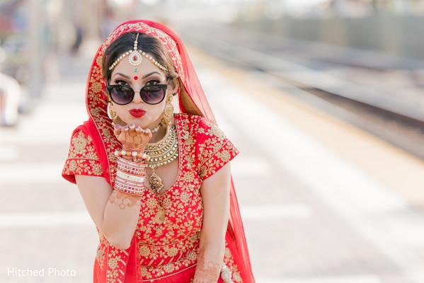 Insanely beautiful indian bride photo shoot.