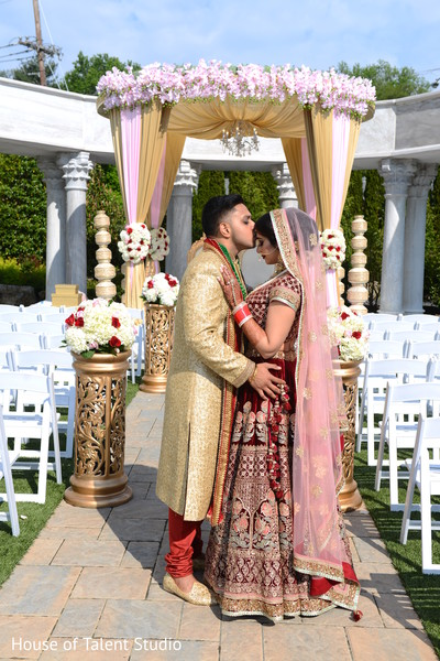 bride bangles,indian bride lengha,indian groom sherwani,mandap
