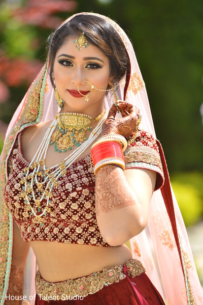 indian bride lengha,ghoonghat,bridal jewelry