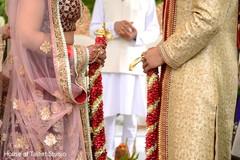 jai mala ceremony,indian wedding ceremony,indian bride lengha,indian groom sherwani
