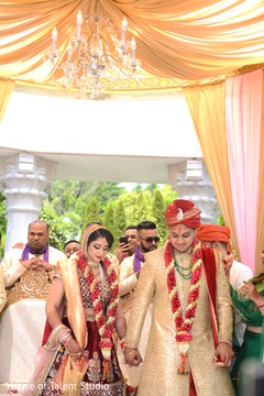 indian wedding ceremony,saptapadi ritual,indian groom sherwani,indian bride lengha