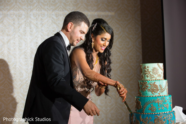 indian wedding reception,indian bride,indian groom,indian wedding cake