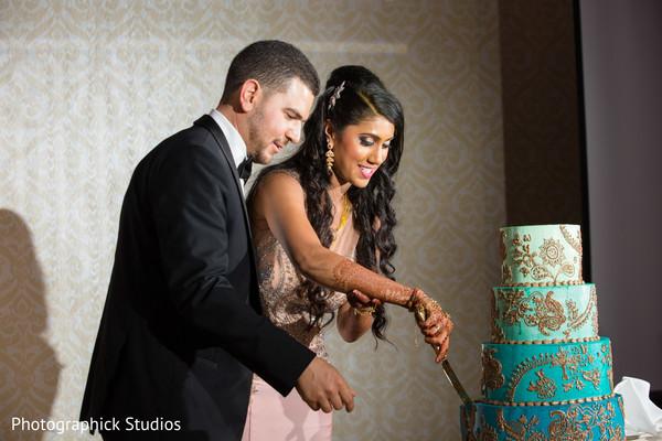 indian wedding reception,indian bride,indian groom,indian wedding cake