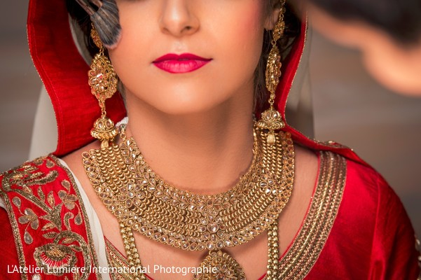 indian bride,getting ready,hair and makeup,bridal jewelry