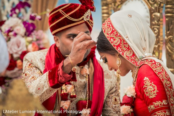 indian wedding ceremony,indian bride and groom,floral and decor,sindhoor