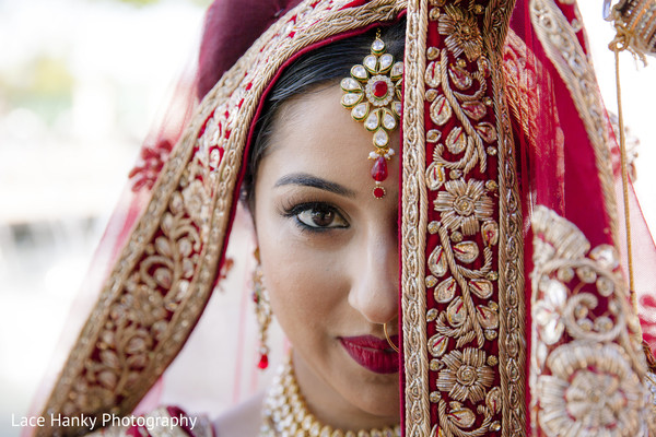 indian bride fashion,dupatta,bridal makeup