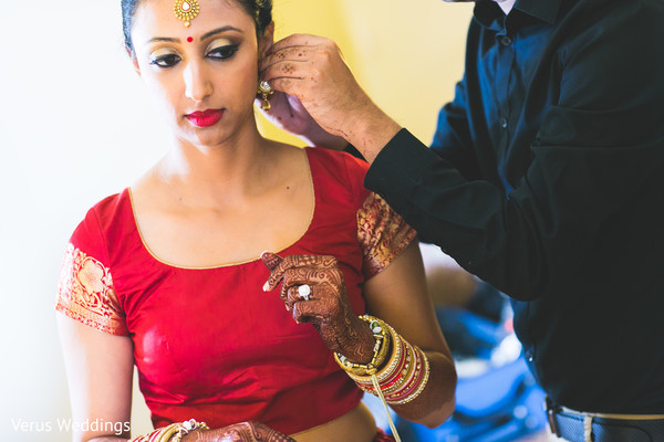 bridal jewelry,bridal tikka,indian bride hair and makeup,indian bride getting ready