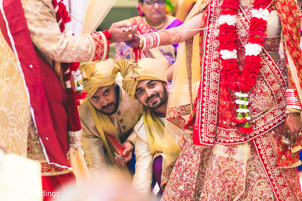 indian wedding ceremony,indian groomsmen fashion,indian groomsmen