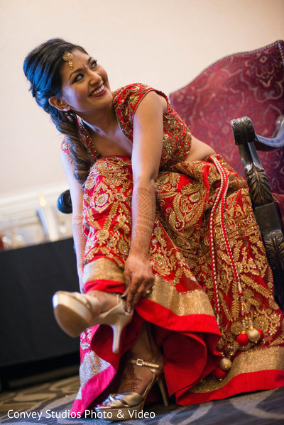 indian bride,getting ready,bridal shoes,lengha
