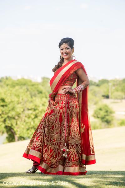 indian bride,lengha,indian wedding photography