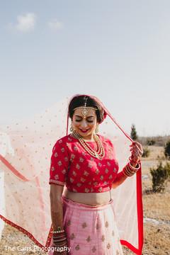 indian bride,dupatta,bridal lengha,indian wedding photography