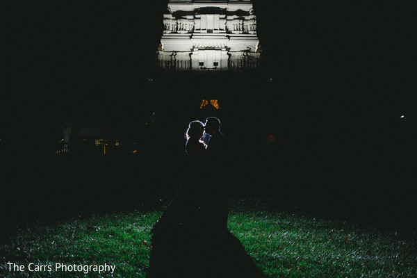 indian wedding photography,indian bride,indian groom,night wedding photography