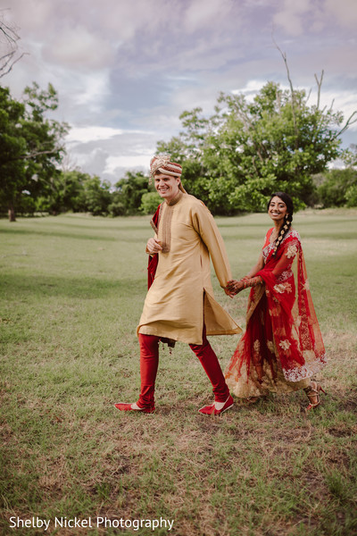 indian groom fashion,indian bride lengha,outdoor photography