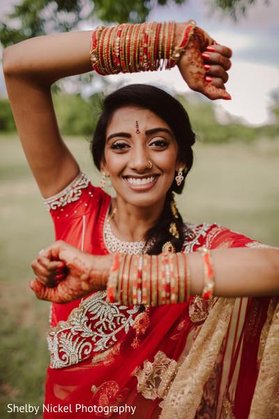 indian bride fashion,bridal jewelry,bride bangles