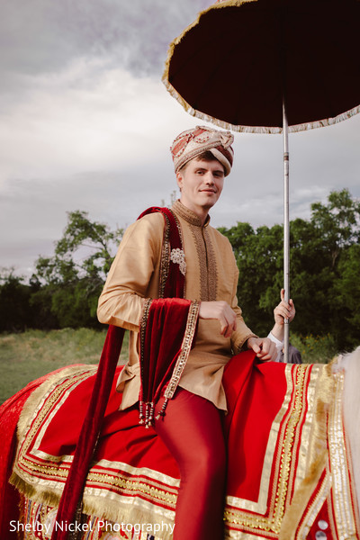 baraat horse,indian wedding baraat,indian groom fashion