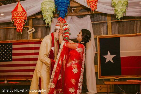 indian wedding ceremony,jai mala ceremony