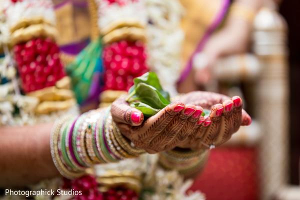 Incredible bridal mehndi art