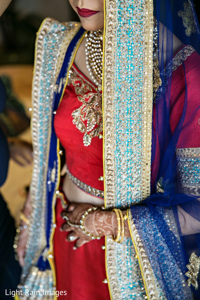indian bride fashion,indian bride lengha,bridal jewelry,ghoonghat