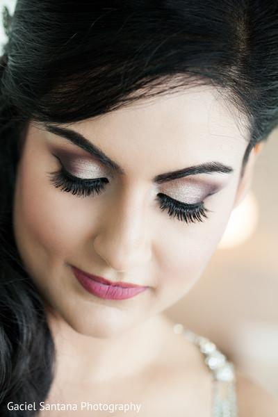 indian bride hair and makeup,indian bridal makeup,indian bride