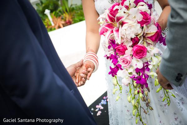 indian bride fashion,indian bridal bouquet,indian wedding ceremony,bride bangles