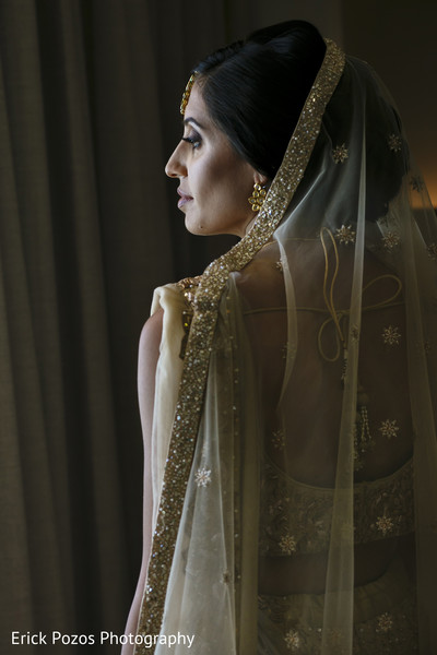 bridal jewelry,indian bride lengha,indian bride getting ready