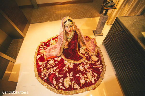 indian bride fashion,indian bride ceremony fashion