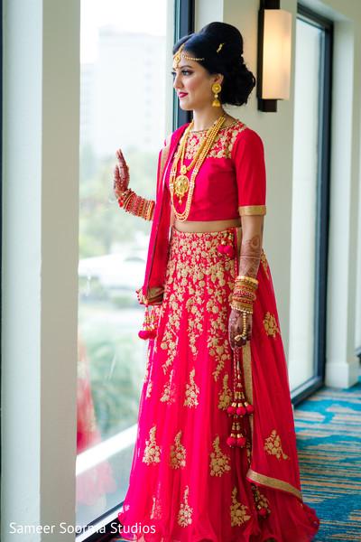 indian bride,bridal lengha,indian bride fashion