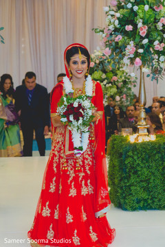 indian wedding ceremony,floral and decor,indian bride