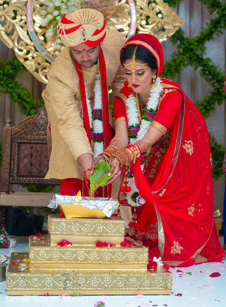 indian wedding ceremony,floral and decor,indian bride and groom,agni