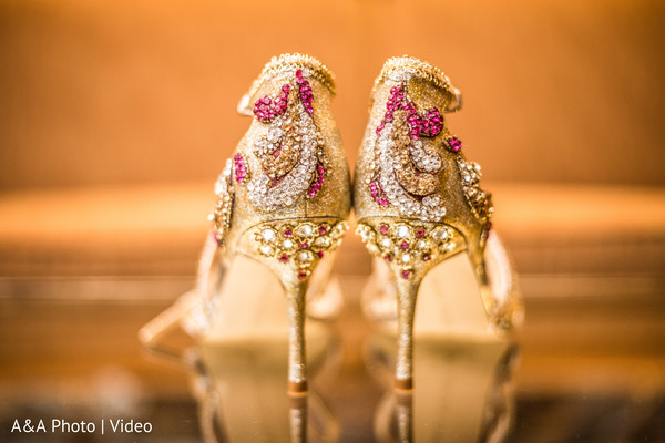 indian bride,bridal shoes,indian bride fashion