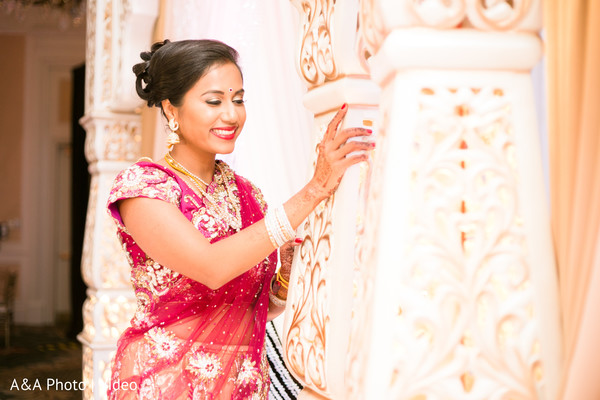 indian bride indian wedding photography,reception fashion