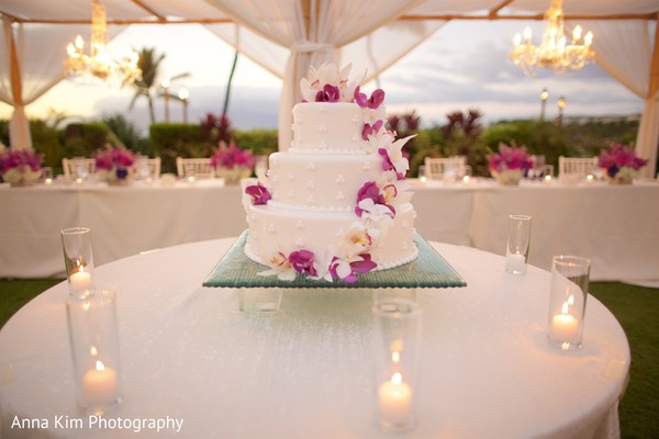 indian wedding reception decor,indian wedding cake,indian wedding cake design