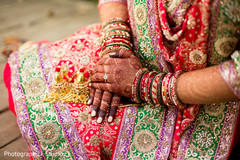 indian bride,bridal jewelry,bridal mehndi,indian wedding photography