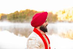 sikh indian groom,groom turban,indian wedding photography